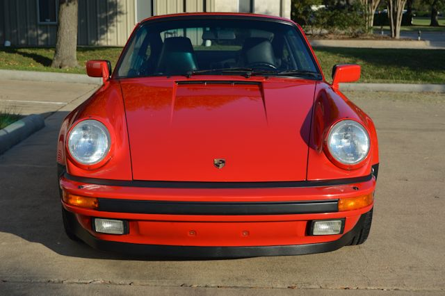 1989 Porsche 911 Turbo Guards Red / Black