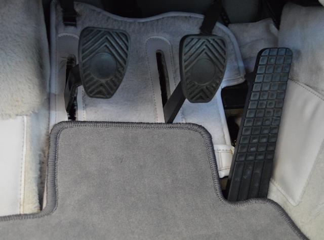 1994 Porsche 911 3.6 Turbo Slate grey / Light grey